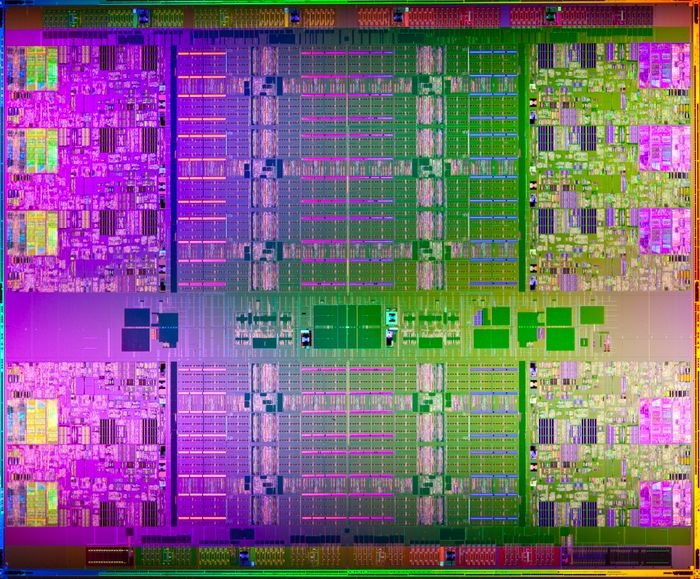 intel xeon e7 die shot.jpg